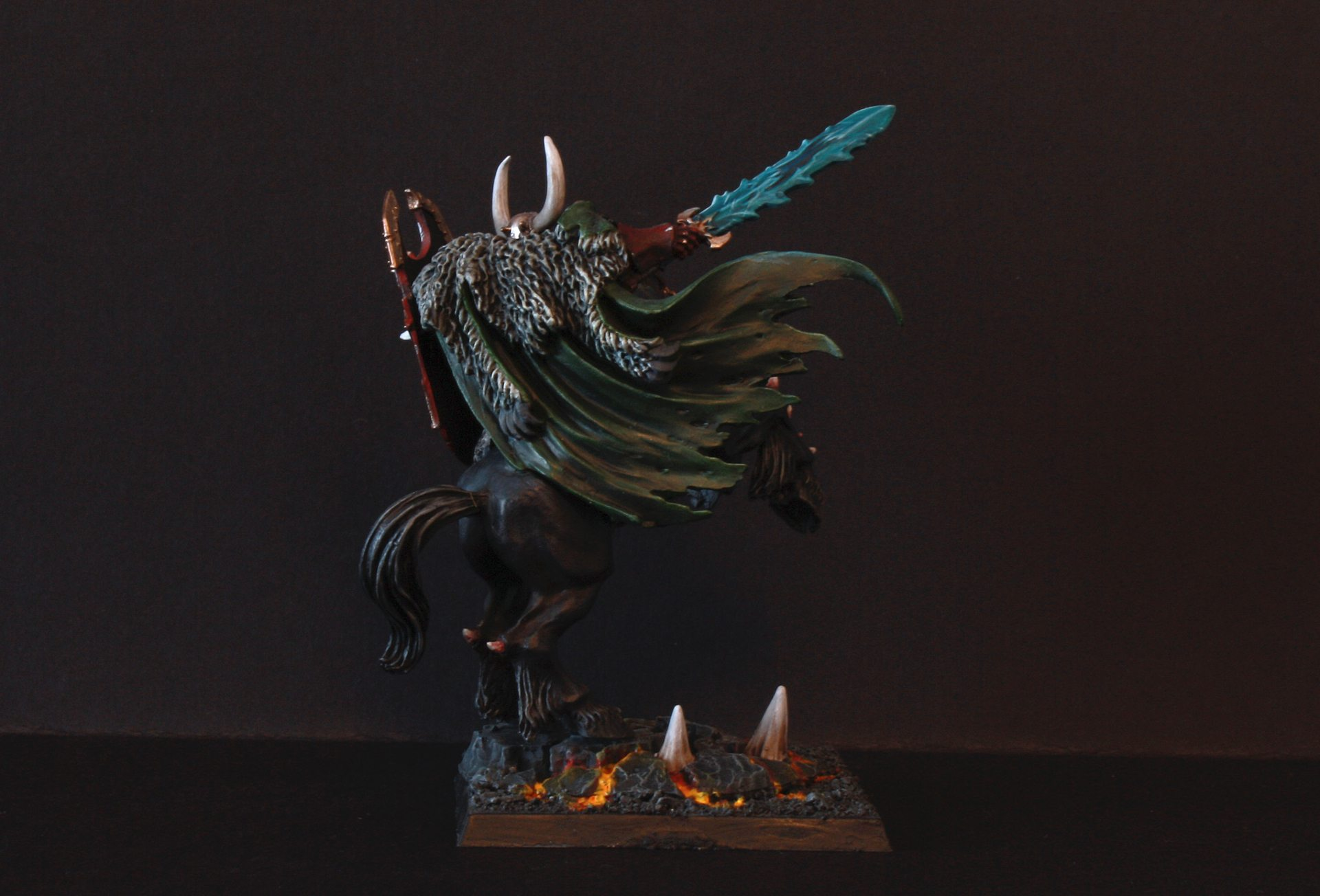 archaon-back